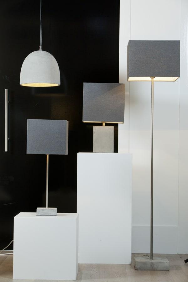 tischlampe bonn beton grau wei er lampenschirm gutraum8. Black Bedroom Furniture Sets. Home Design Ideas