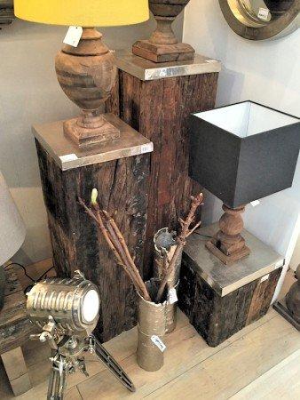 3 Säulen aus Holz von Light & Living