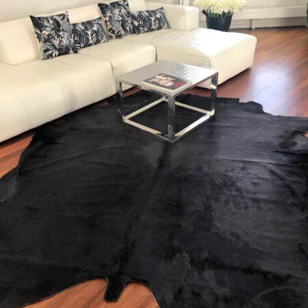 Kuhfell Teppich bunt eingefärbt in Asphaltgrau