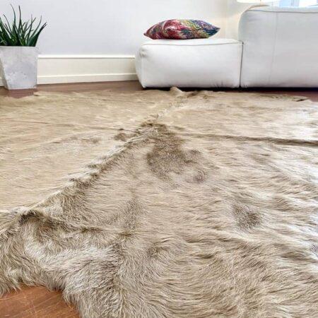 Kuhfell Teppich Cappuccino Braun, exklusives Fell ca. 5 m² für den Wohnraum