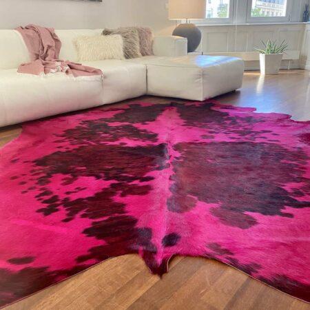 Kuhfell Teppich tricolor pink, ca. 5 m² eingefärbt in fuchsia pink