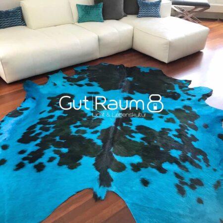 Kuhfell Teppich tricolore eingefärbt in Türkis