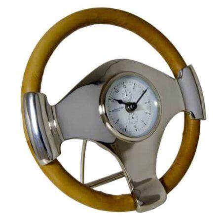 Uhr Tischuhr wie ein Lenkrad aus Leder, in Mitte aus Metall die Uhr