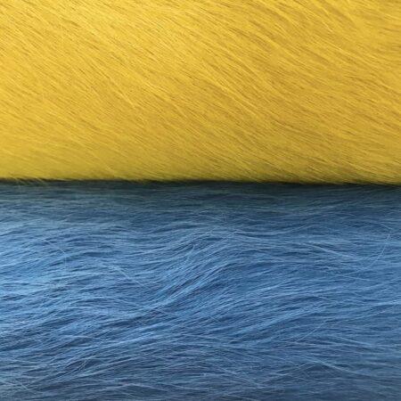 Kuhfell Teppich himmlisches Blau und Gelb