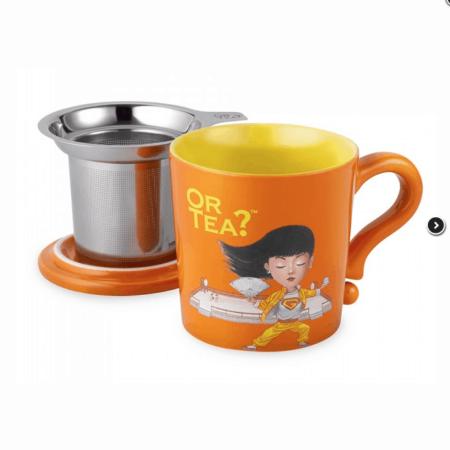 Teetasse in orange mit Teesieb und Deckel