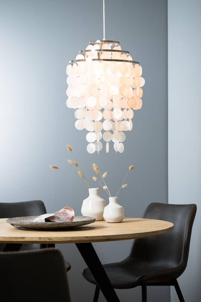 Hängeleuchte TOLERO, Muscheln mit pearl-Effekt von Light & Living