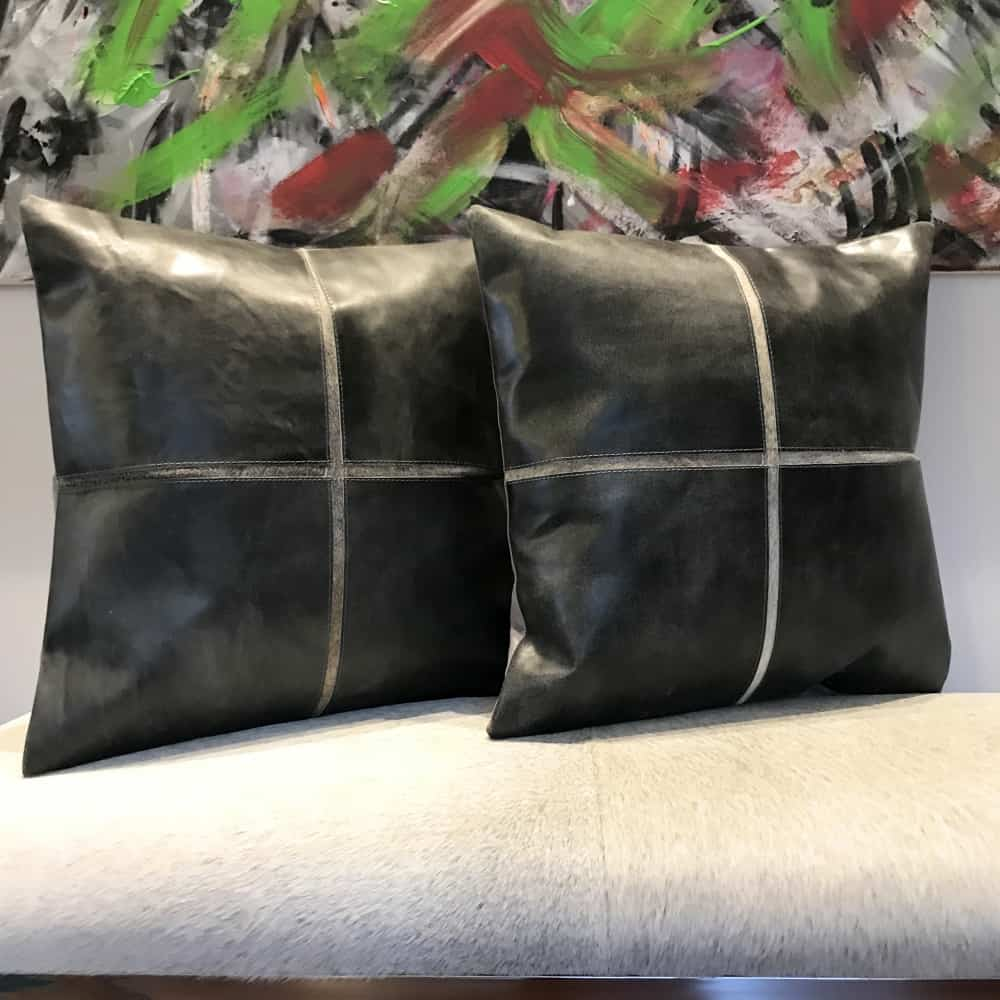 light living kissen bucolic kuhfell silber grau gutraum8. Black Bedroom Furniture Sets. Home Design Ideas