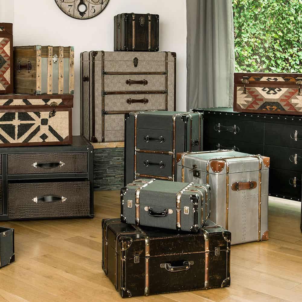 Truhe Koffer im nostalgisch traditionellen Stil