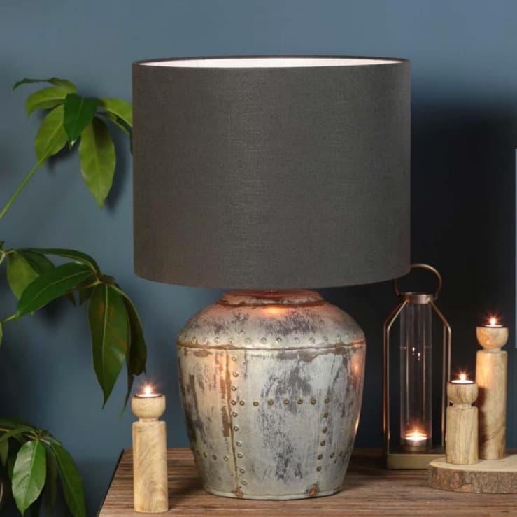 Tischlampe BATU, Vintage Silber mit dunkelgrauem Textil Lampenschirm