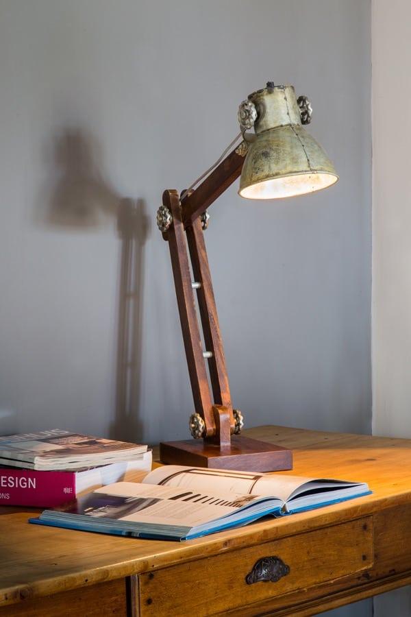 tischleuchte ekerd holz silber vintage gutraum8 schreibtischleuchte. Black Bedroom Furniture Sets. Home Design Ideas