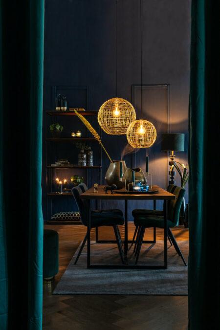 Dinner mit Freunden, Esszimmer, Möbel und Dekoration