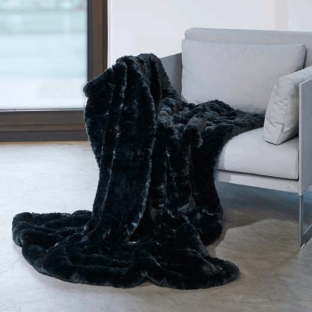 CARMA DECKE AWASSI schwarz, Luxusdecke aus Webpelz, Schurwolle und Kaschmir