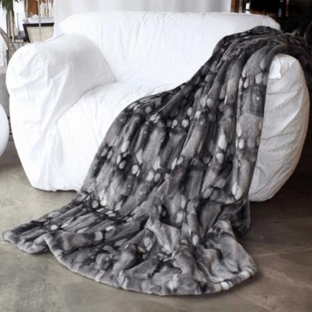 CARMA DECKE FERRET grau, Luxusdecke aus Webpelz, Schurwolle und Kaschmir von CARMA grau