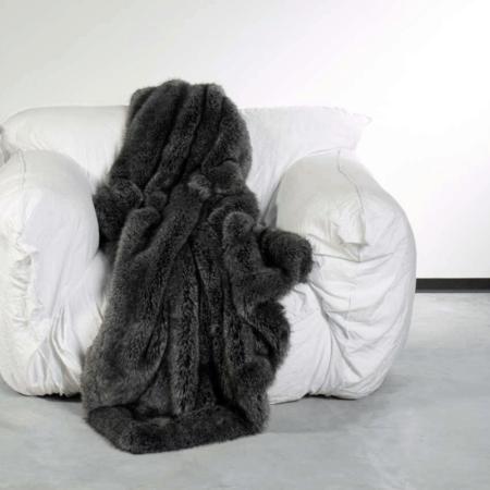 CARMA DECKE FUCHS grau, Luxusdecke aus Webpelz, Schurwolle und Kaschmir von CARMA in tiefem grau