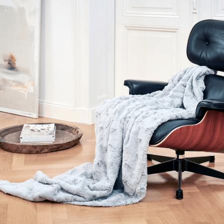 CARMA DECKE 'LAMM' platin, Luxusdecke aus Webpelz, Schurwolle und Kaschmir von CARMA