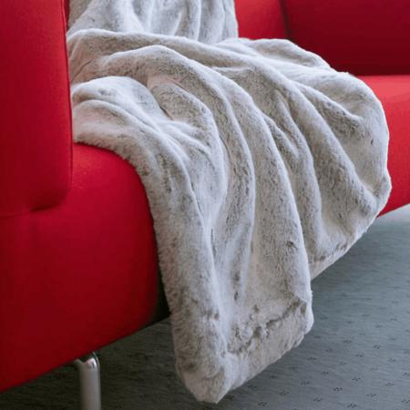 CARMA DECKE PUMA grau, Luxusdecke aus Webpelz, Schurwolle und Kaschmir von CARMA