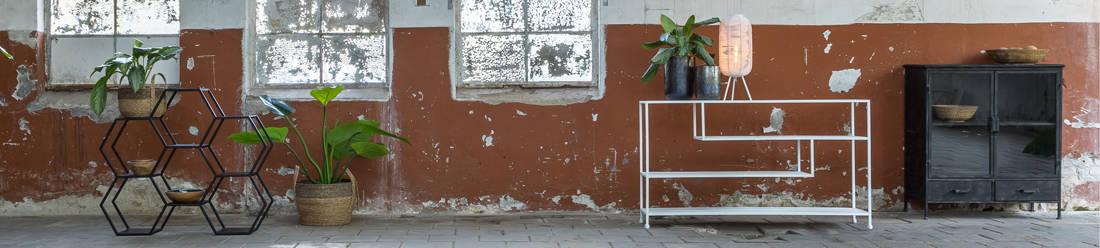Möbel & Inneneinrichtung von Light & Living