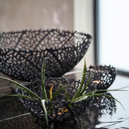 Schale GALAXA Dekoration in schwarz matt von Light & Living