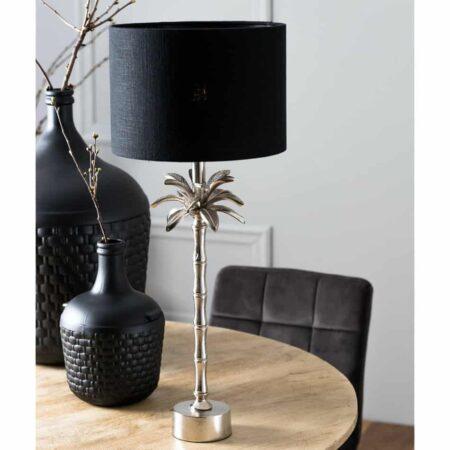 Tischleuchte ARMATA mit Lampenfuss in Silber in Form einer Palme mit einem Lampenschirm in schwarz aus Samt von Light & Living