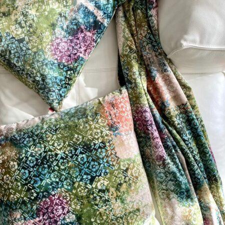 Kissen & Decke 'Happy Plaid' fresco color, Luxus Wohnaccessoires von CARMA aus Samt, Futter aus Wolle & Cashmere