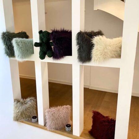 Showroom Kissen Kollektion, CARMA YETI Kunstfell bei GutRaum8