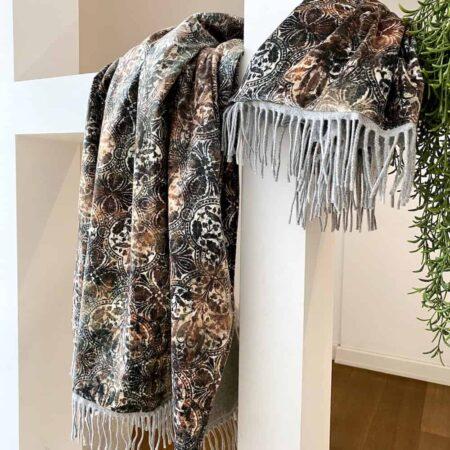 Happy Plaid Ornament, Carma Decke mit Ornamenten. Das Plaid ist aus Samt, Futter Cashmere / Wolle