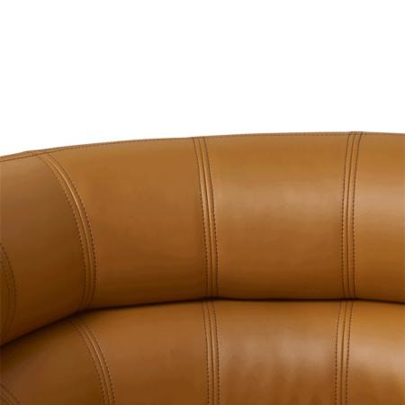 Cocktailsessel OSWALD karamell braun, edler runder Sessel aus PU-Leder von Van Roon Living
