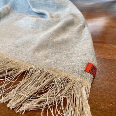 Carma Plaid VENEZIA grau, Decke aus Leinen mit Fransen 130x180 cm