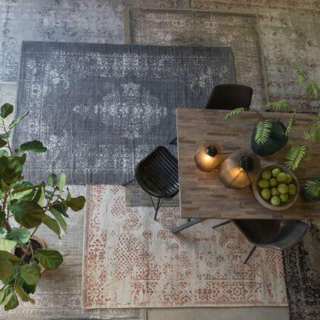Teppiche von Light & Living, verschieden Farben und Muster