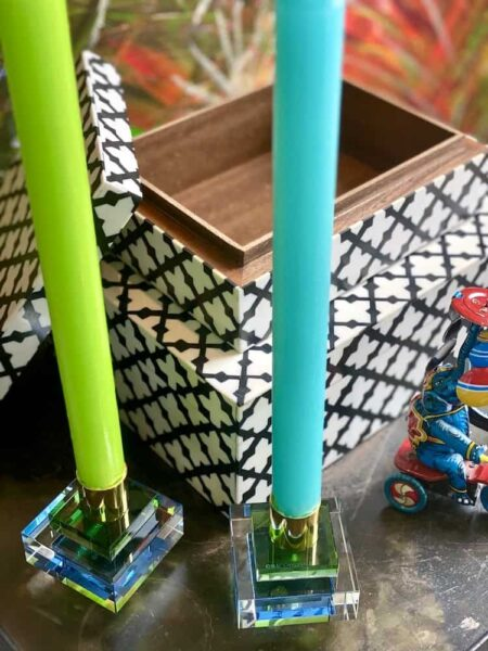 Deko Box CANVAS weiss schwarz + Kerzenhalter DIOPTICS, exklusive Holzkisten im 2er-Set und Kerzenständer aus Kristallglas von GiftCompany