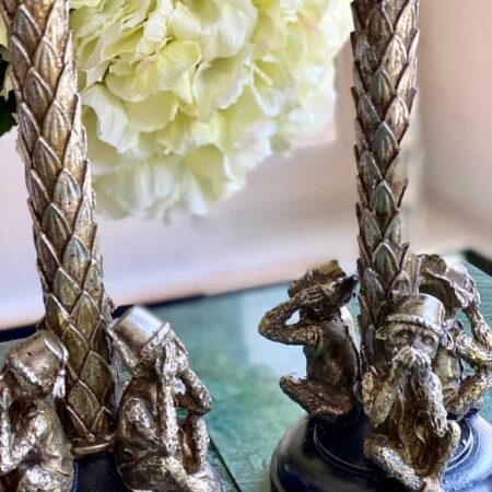 Kerzenstaender GOTHAM altsilber, besondere Leuchter in Form einer Palme mit Affe von GiftCompany