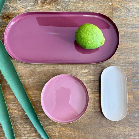 Tablett LAYER burgundy, dusty rose, dahlia red 3er-Set, Dekoschalen-Set aus Eisen in burgundy, dusty rose und dahlia red von GiftCompany