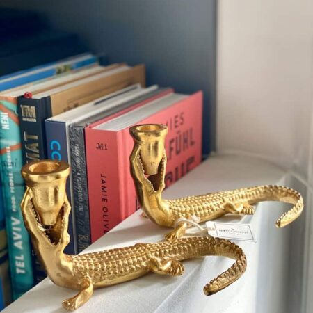 Kerzenständer GOTHAM KROKODIL, extravagante Leuchter als Tierform in gold von der Marke GiftCompany