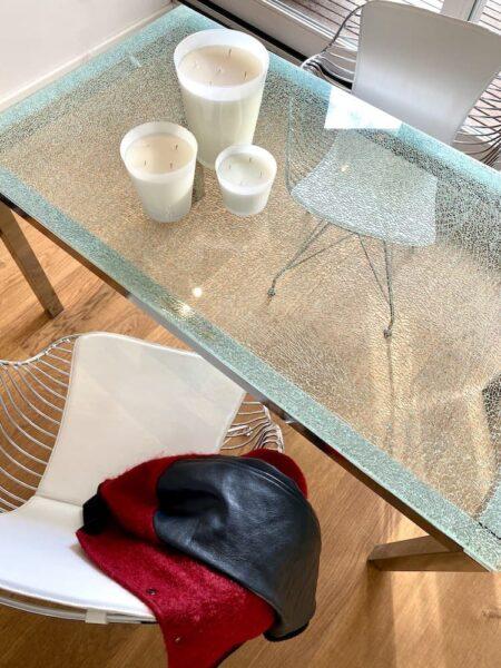 Esszimmerstuhl BOMAN, extravaganter Armlehnstuhl aus Edelstahl mit Sitzfläche aus weißem Leder von Van Roon Living