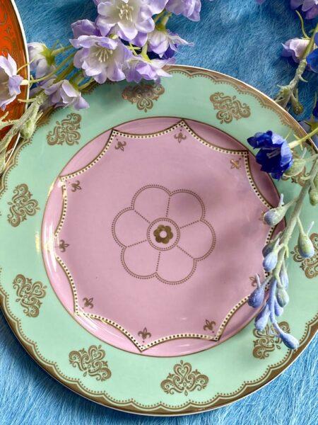 Dessertteller mint-rosa, wie aus Alice im Wunderland - extravagantes Geschirr von Pols Potten
