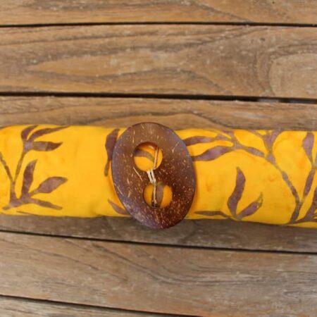 Sarong ABANG in gelb mit Blätterzweigen in braun-ocker