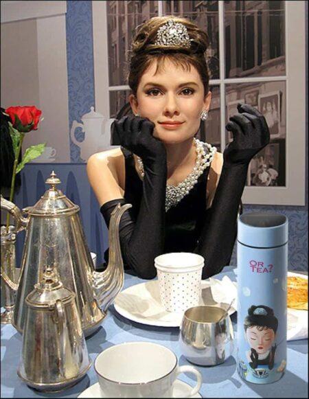 Thermoskanne 'Tiffany's Breakfast' mit LED-Temperaturanzeige von OrTea?, praktische und schöne Kanne - für unterwegs und zuhause