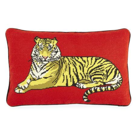Kissen TIGER rot mit Baumwollsamt, Needlpoint von Jonathan Adler aus New York