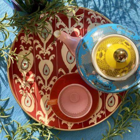 rundes Tablett 'IKAT' in rot, schöne Muster, frisch vom Bosporus