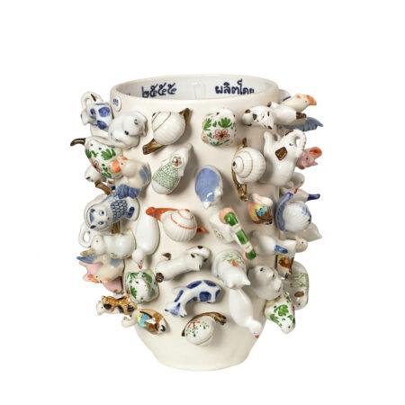 Vase 'Souvenir Zoo' M / Ø25 x H25 cm, Viele verschiedene Porzellan-Tiere zieren dieses kunstvolle Deko-Objekt