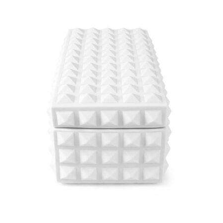 Box CHARADE STUDDED in matt weiß, extravagante Aufbewahrungskiste von Jonathan Adler