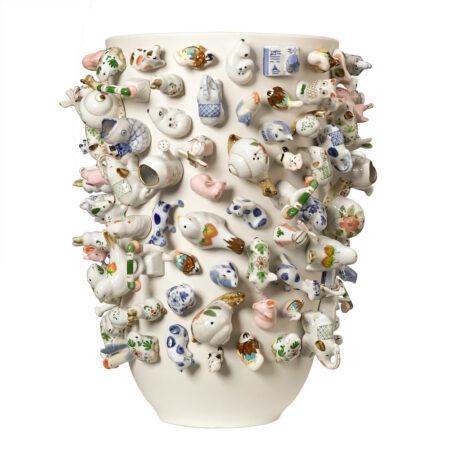 Vase 'Souvenir Zoo' XL / Ø35x40 cm, Viele verschiedene Porzellan-Tiere zieren dieses kunstvolle Deko-Objekt