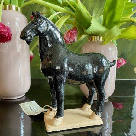 Deko-Pferd, edle Dekofigur als Pferd aus Keramik von der Marke GiftCompany