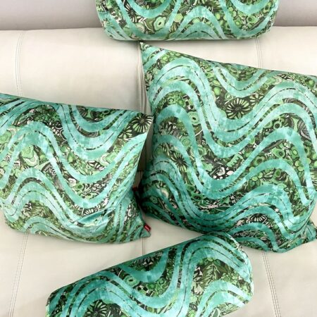 Kissen 'Happy Plaid' wave green, samtige Kollektion von Carma