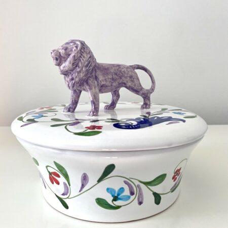 Keramikdose 'MENAGERIE PANTHER' und IKAT-Tablett, exklusive Dekoration und Keramik von Les Ottomans