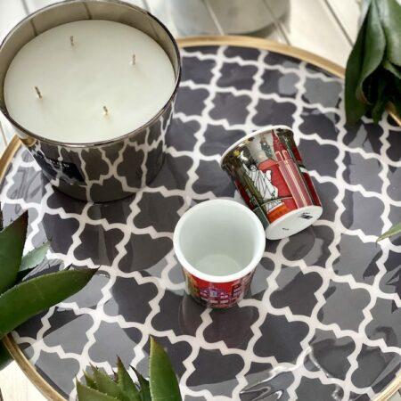 rundes TABLETT SAIGON / schwarz-weiss , dekoratives & praktisches Tablet mit Florentinermuster von GiftCompany