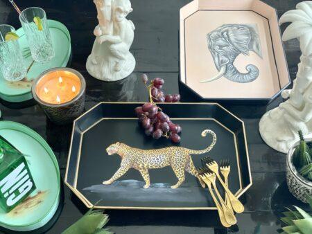 Eisentablett Tiermotive, Leopard & Elefant, dekoratives Serviertablett, Göße 43x30cm von der Design-Marke Les Ottomans