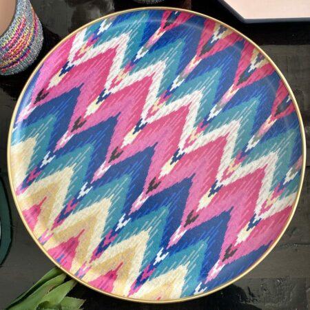 rundes Tablett IKAT, aus Fiberglas von der Design Marke Les Ottomans