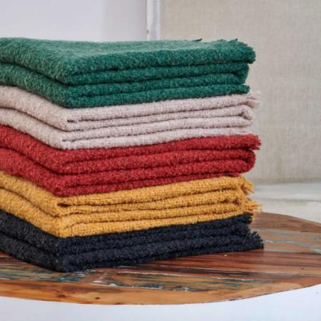 Plaid COMO-Kollektion, luxuriöse Decken aus Wolle und Alpaka von der Marke Carma in verschiedenen Farben